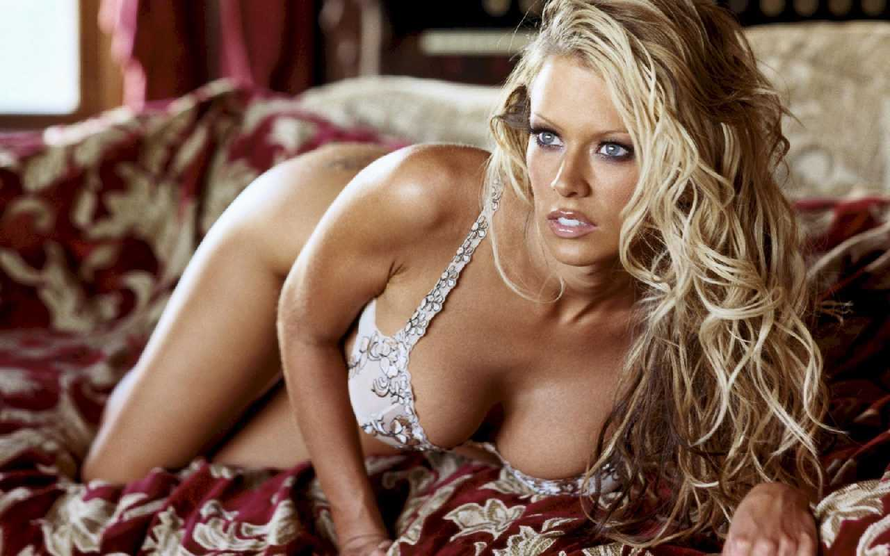 Jenna-Jameson-micketo-26141773-1280-800